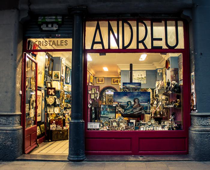 Escaparate de la tienda Andreu i Marcs